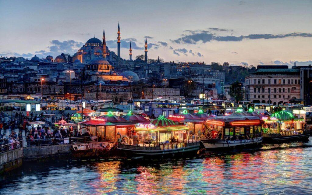 صورة لمنطقة أمينونو في مدينة إسطنبول أفضل الأماكن ومناطق سياحية في إسطنبول